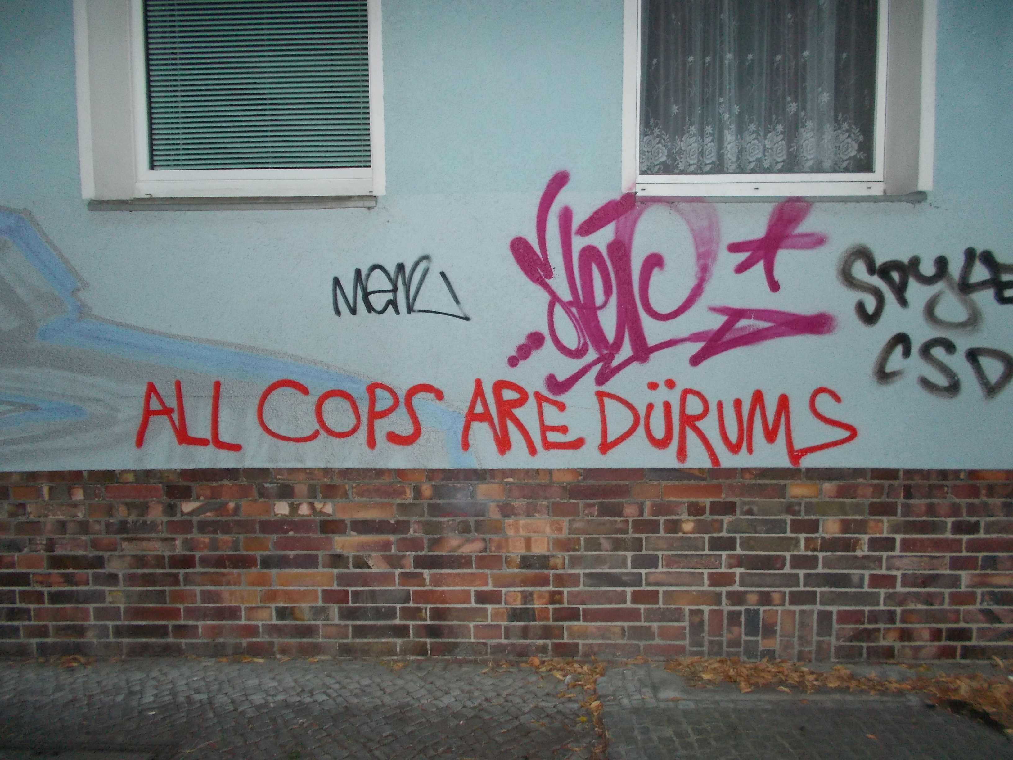 all cops are dürums, Berlin-Neukölln