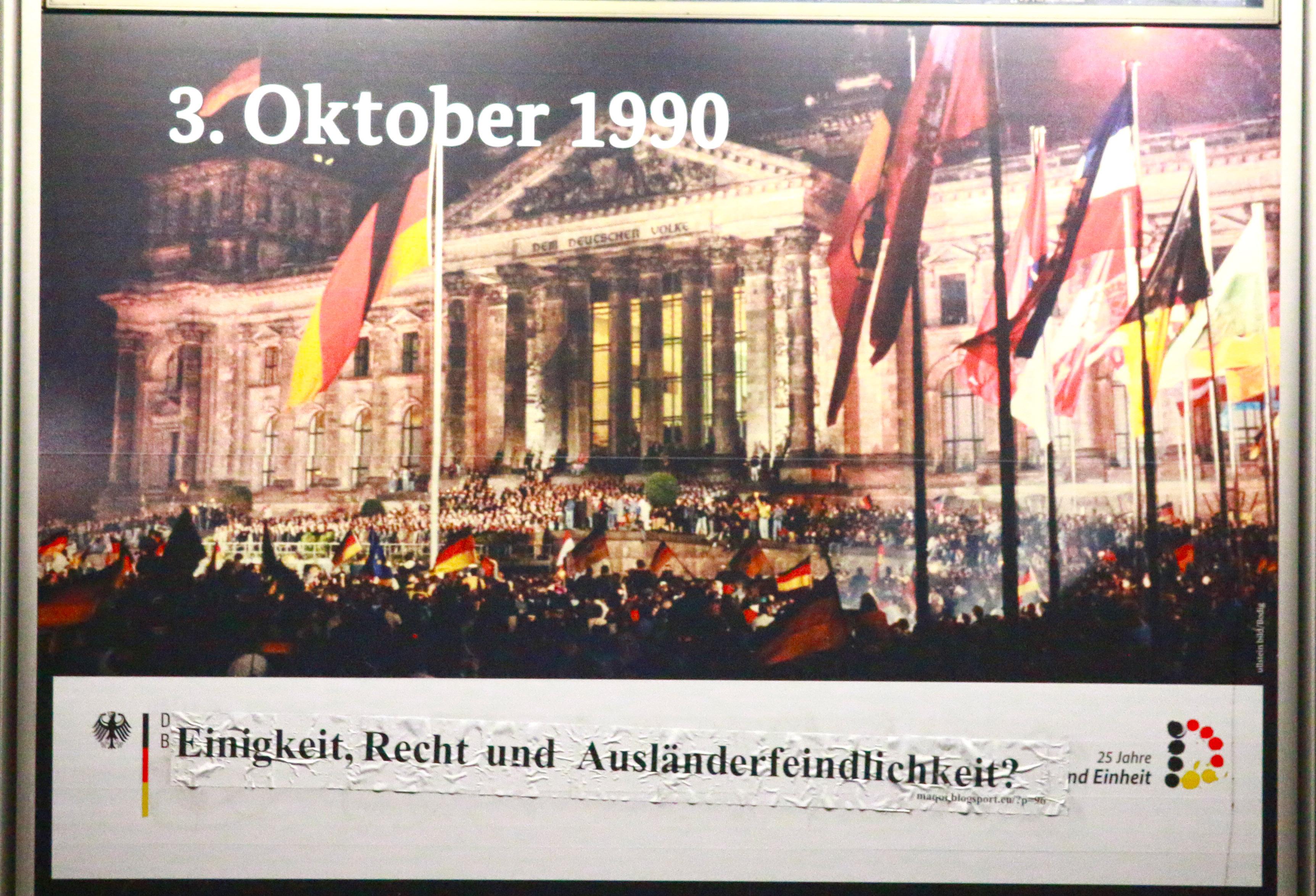 Adbusting am Bundespresseamt, 3.10.2015