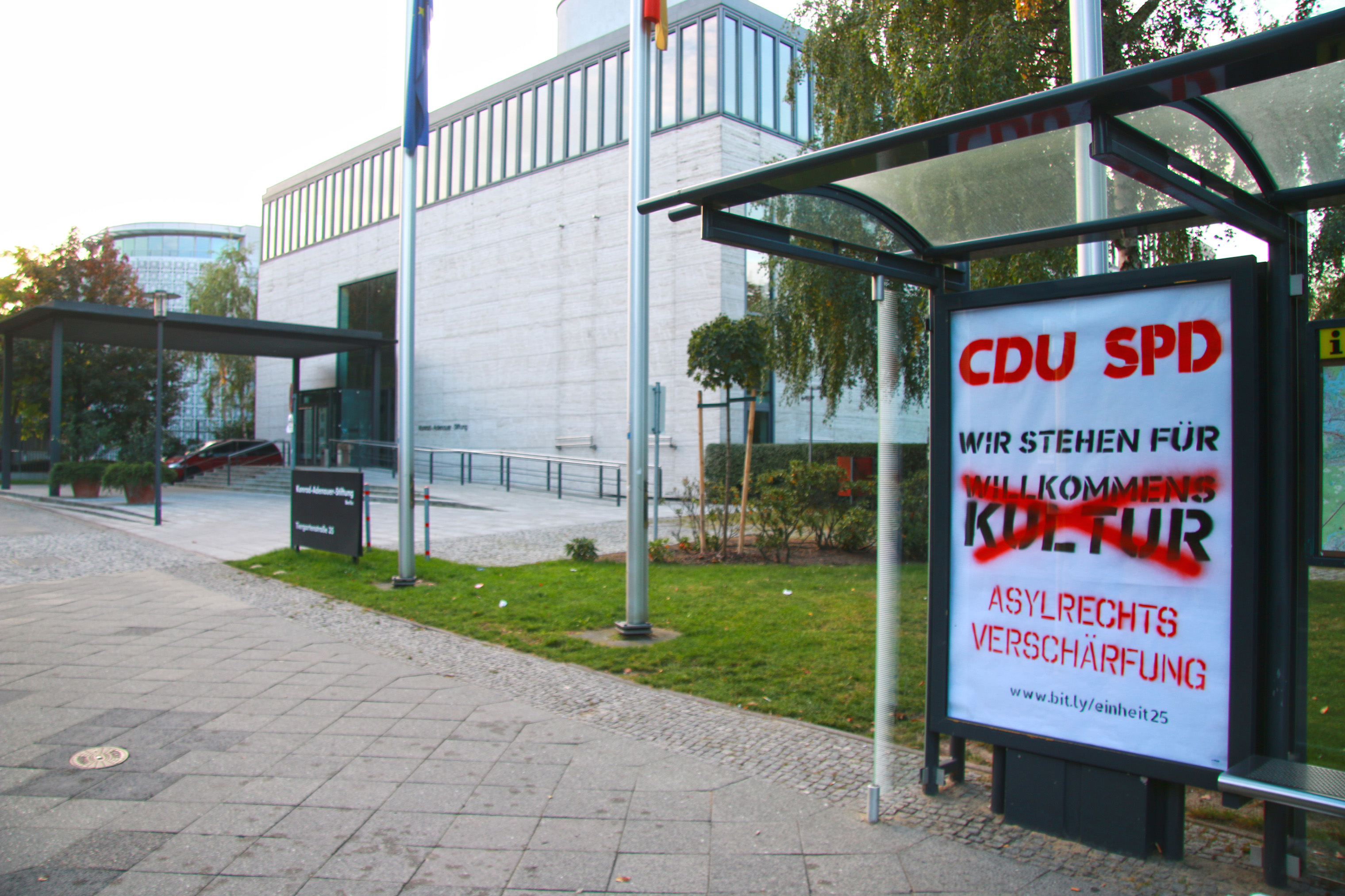 Adbusting an der Konrad-Adennauer-Stiftung, 3.10.2015