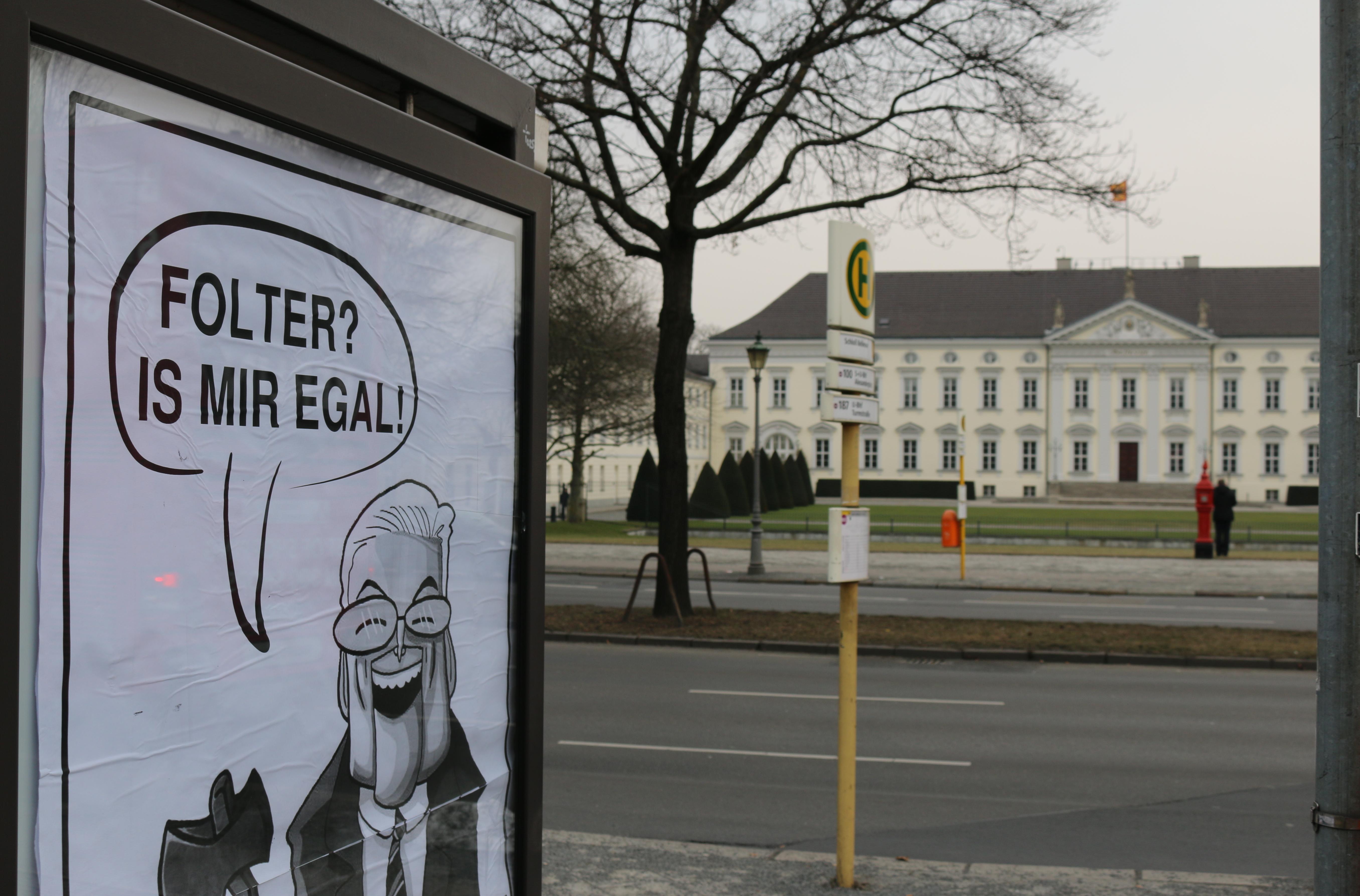 Foltermeier-Adbusting am Schloss Bellevue